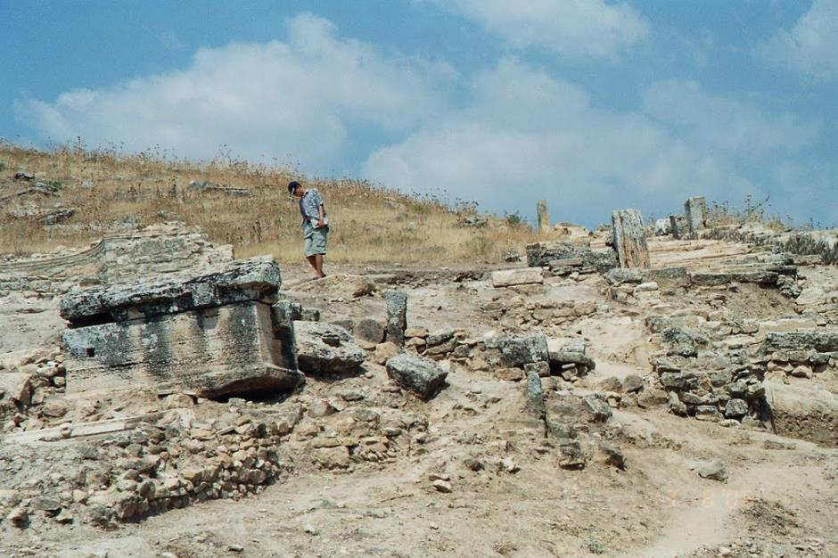 Hierapolis (Pamukkale) - Path to Martyrium of Saint Philip